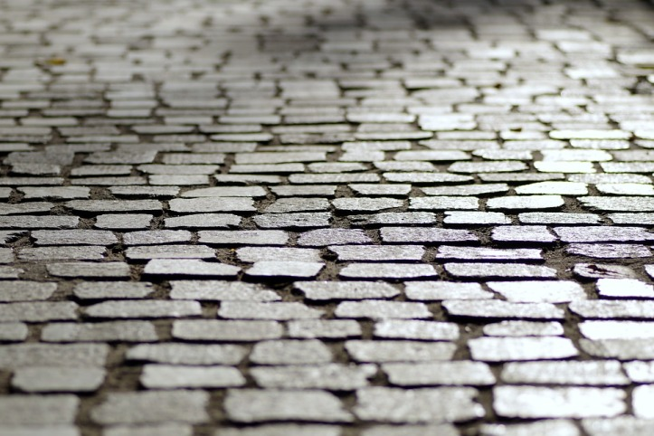 pavement-1696507_960_720.jpg