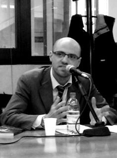 """Gaetano Esposito, nato a Napoli il 20 ottobre 1978. Svolge la professione di avvocato penalista presso il Foro di Napoli. Consigliere dell'Associazione """"Officina Forense"""""""