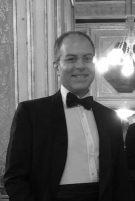 Bruno Franco è avvocato del Foro di Napoli. Dal 2012 presso lo Studio Rocco di Torrepadula, svolge la propria attività soprattutto nel settore del diritto bancario, nei procedimenti esecutivi e nelle procedure fallimentari. Attualmente si sta specializzando nella materia prevista dal Codice della crisi di impresa e dell'insolvenza e nei nuovi istituti da esso previsti. Quando non é al lavoro, Bruno si diverte a fare delle gite con moglie e figli.