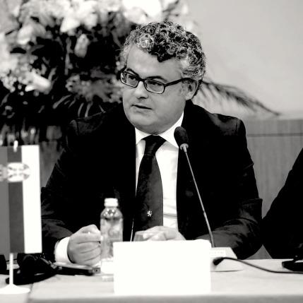 Marcello Lala è avvocato del Foro di Napoli